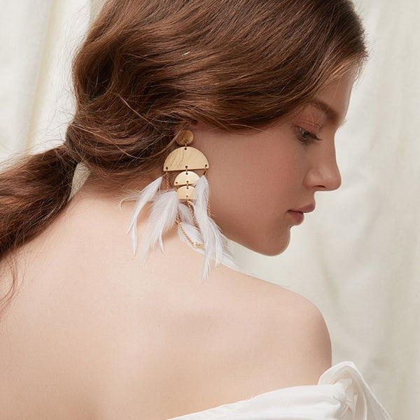 WKOUD EAM Jewelry / 2019 New Fashion White long metal semi-circular stitching feather tassel earrings Women's Accessories S#R107