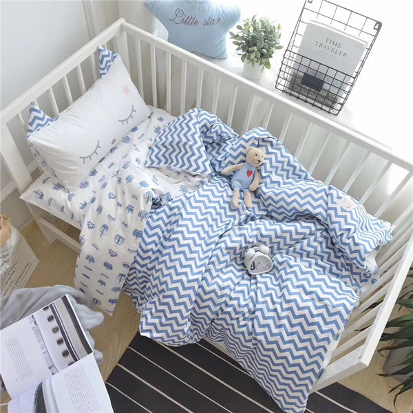 high grade baby bedding set, cotton cartoon 3 pcs/set quilt cover bedspread pillowcase Dinosaur, cow, bear cartoon pattern
