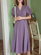 Load image into Gallery viewer, Lavender V Neck Puff Sleeve Swing Vintage Style 1940S Dress