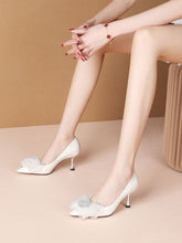Load image into Gallery viewer, Bow Flower 7CM High Heel  Pointed Toe Leather Shoes