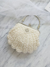 Load image into Gallery viewer, 1950S Sweet Pearl Vintage Handbag
