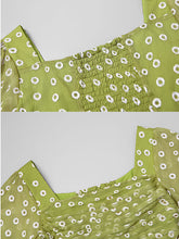 Load image into Gallery viewer, Green Daisy Puff Sleeve Vintage Chiffon Dress