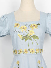 Load image into Gallery viewer, Blue Sunflowers Embroidered 1950S Dress