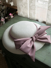 Load image into Gallery viewer, Sweet Bow Satin Vintage Audrey Hepburn Same Style Embroidered 1950S Hat