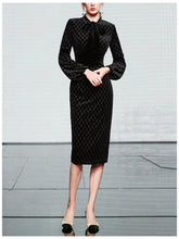 Load image into Gallery viewer, Black Bow Collar Long Lantern Sleeve Drilling Velvet 1960S Dress