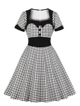 Load image into Gallery viewer,  Queen Collar Plaid 1950s Vintage Dress