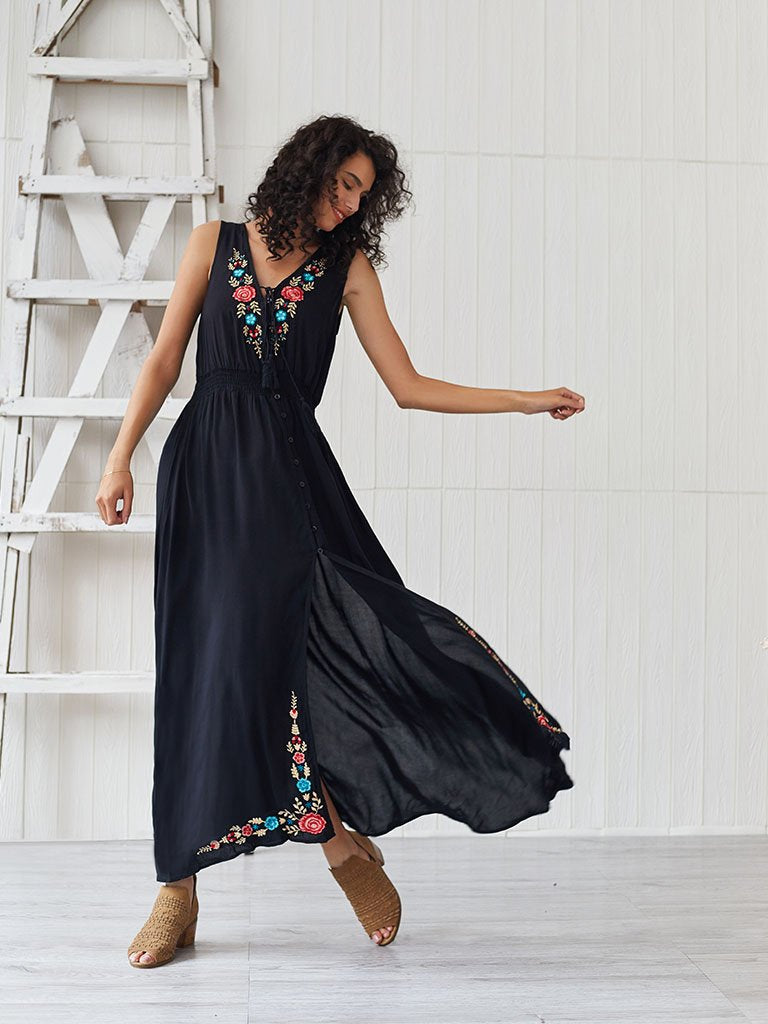 Women's Boho Dress V Neck Split Embroidered Sleeveless Maxi Dress
