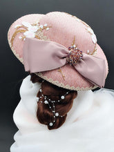 Load image into Gallery viewer, Pink Plum Embroidery Flower And Bow Rhinestone Decoration 1950S Hat