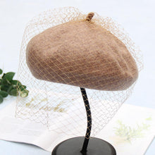 Load image into Gallery viewer, Wool Felt Beret Hat Cap With Longer Veil