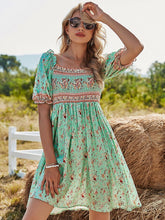 Load image into Gallery viewer, Women's Green Floral Boho Dress Short Ruffle Sleeve Square Neck Beach Dress