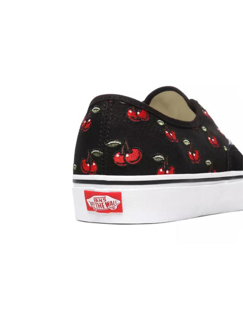 Authentic Black / Cherries