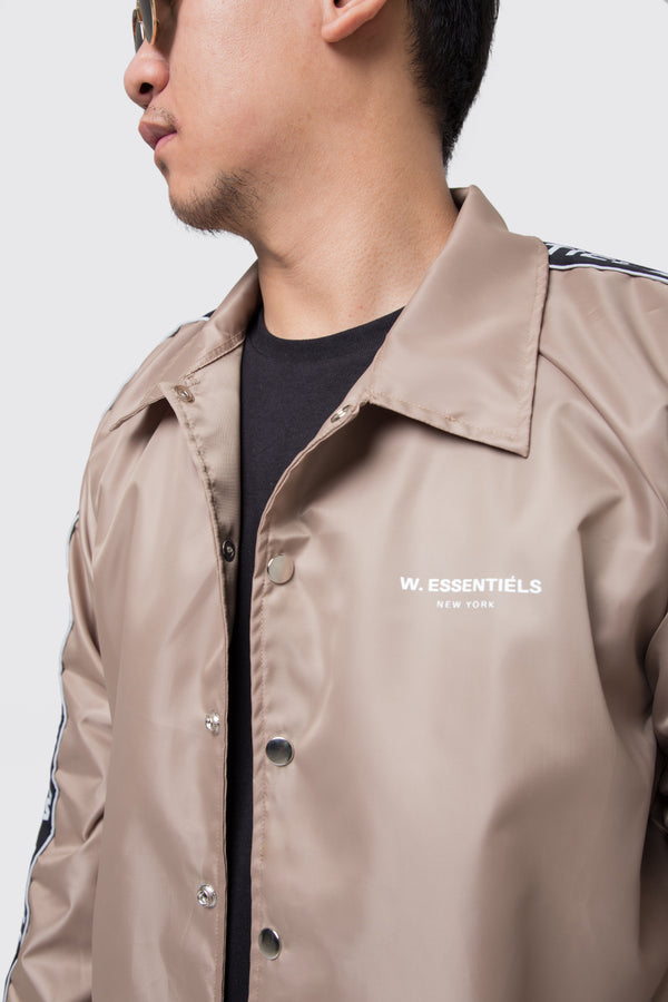 Delibes Windbreaker Almond