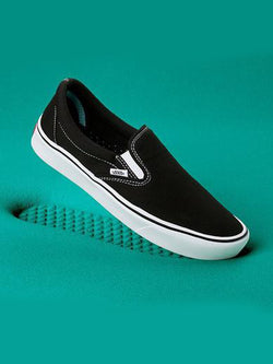 COMFYCUSH SLIP-ON (CLASSIC) BLACK/TRUE WHITE