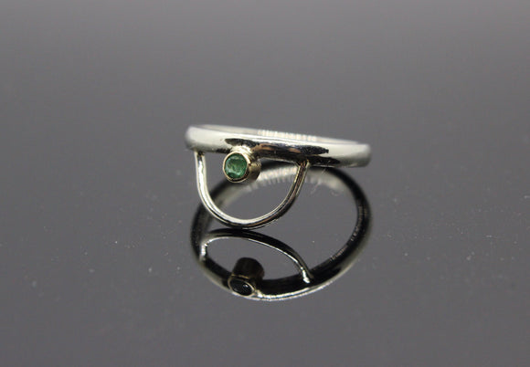 9ct White Gold and Emerald ring. - Sam Hawkins