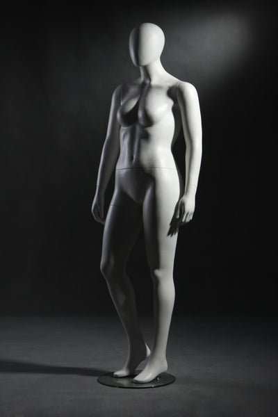Female Plus Size Faceless Mannequin - Las Vegas Mannequins