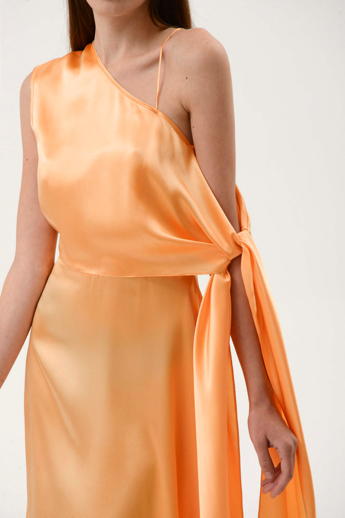 ONE SHOULDER SILK DRESS W/ WAIST TIE - Materiel