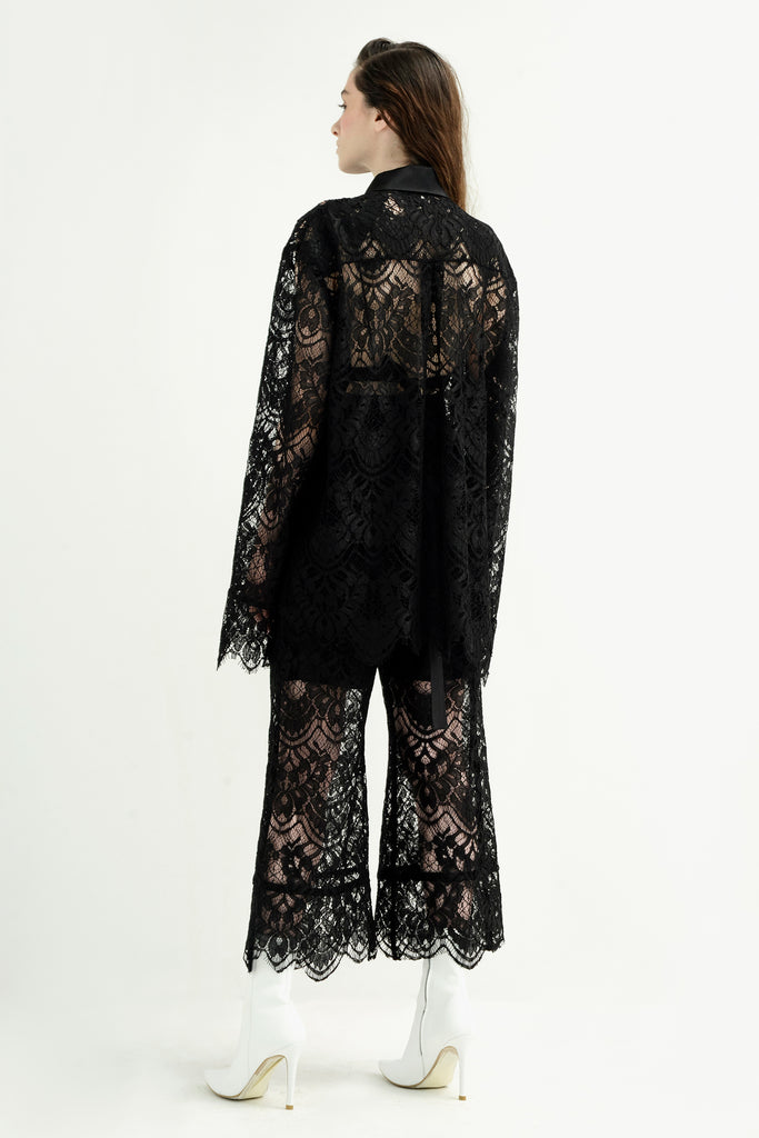 Lace shirt w/ silk collar