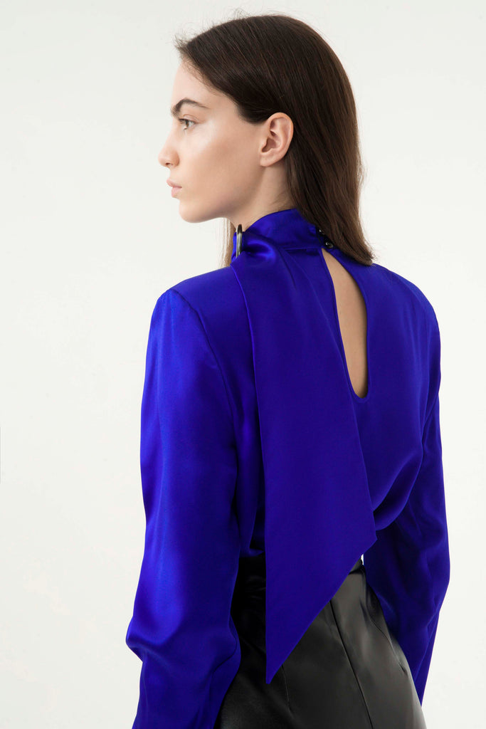 SILK BUCKLED BLOUSE - Materiel