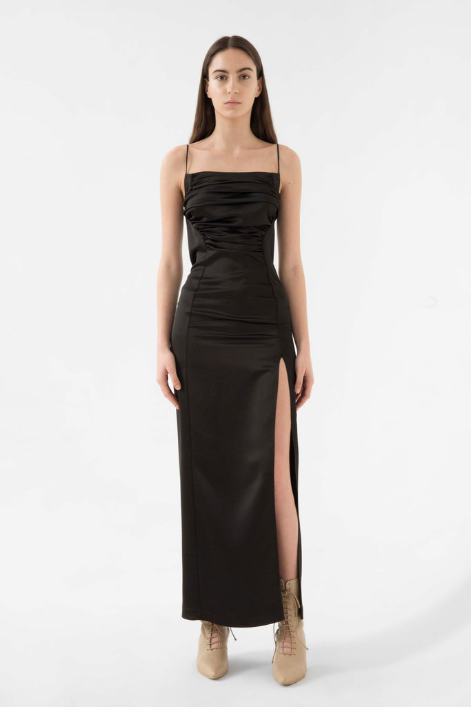 Satin gown - Materiel