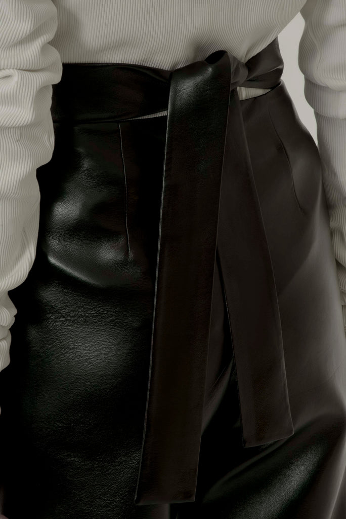 Leather pants w/ slits - Materiel