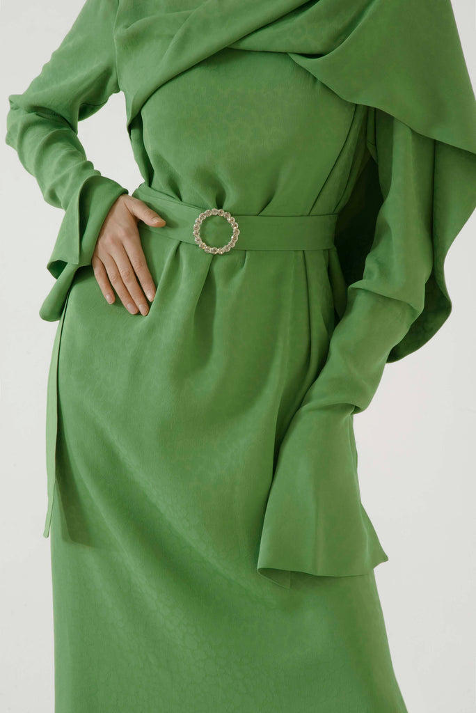 Belted dress w/scarf - Materiel