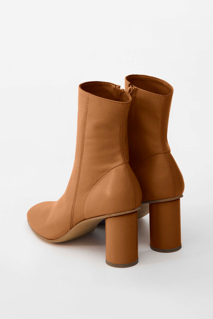 Leather sock ankle boots - Materiel