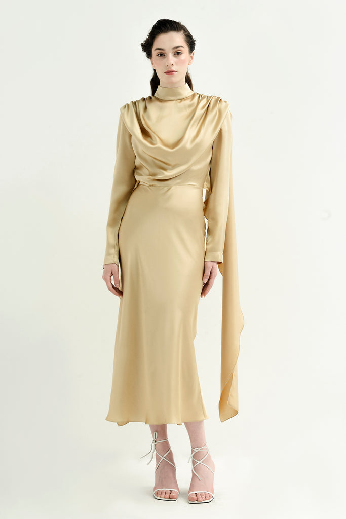 Silk dress w/tied back - Materiel
