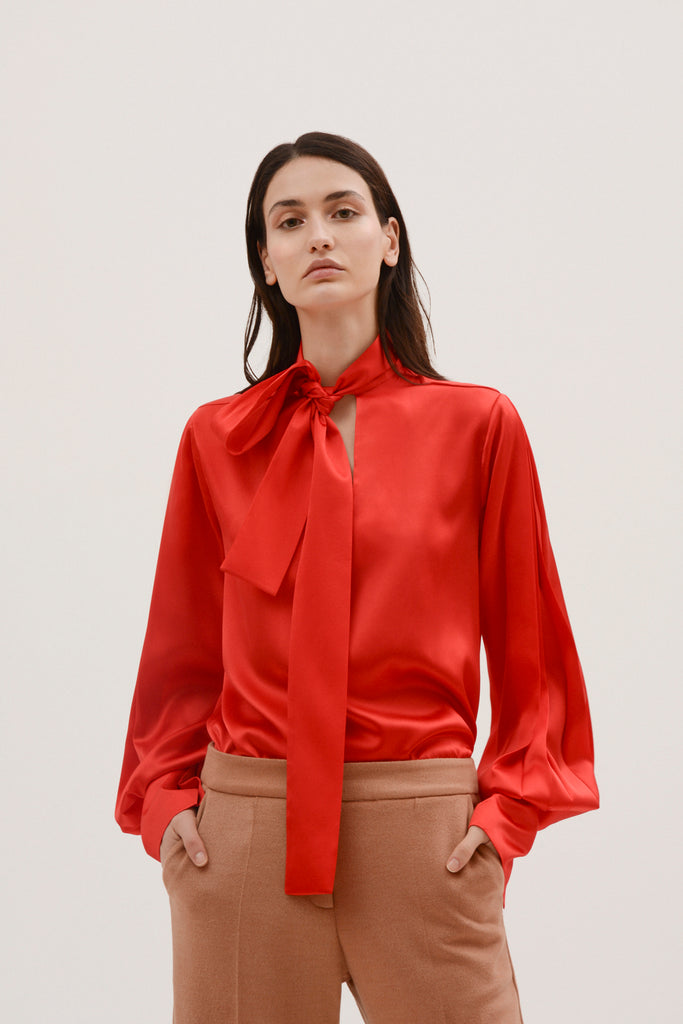 Silk blouse w/bubble sleeves - Materiel
