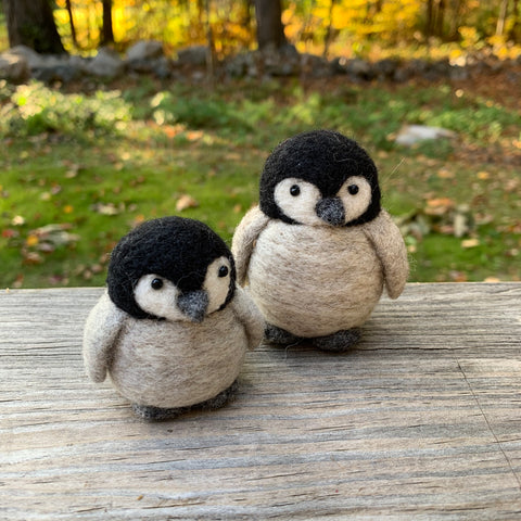Baby penguins (pair)