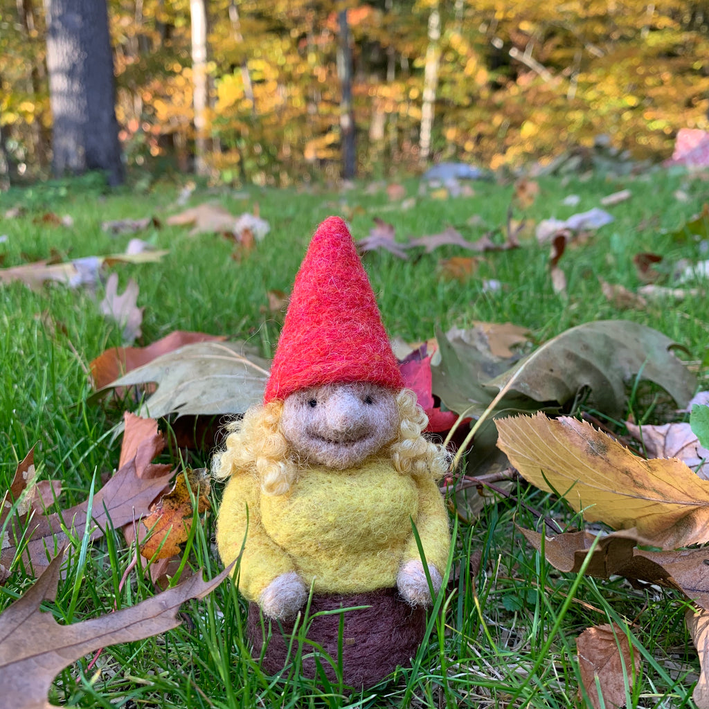 Gnome with Poppy Hat