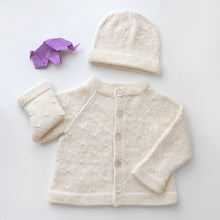 Load image into Gallery viewer, Set Cardigan and Hat Clara - Off white - claralondon-shop -  - Clara London