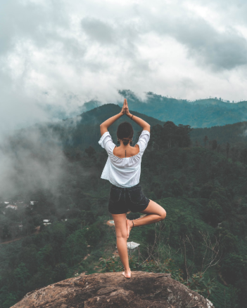 Yoga On The Go: Summer Travel Edition + A Downloadable Guide to Some Amazing Poses Perfect For Travel