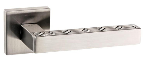 Senza Pari Pizzoni Designer Lever on Square Rose - Satin Nickel