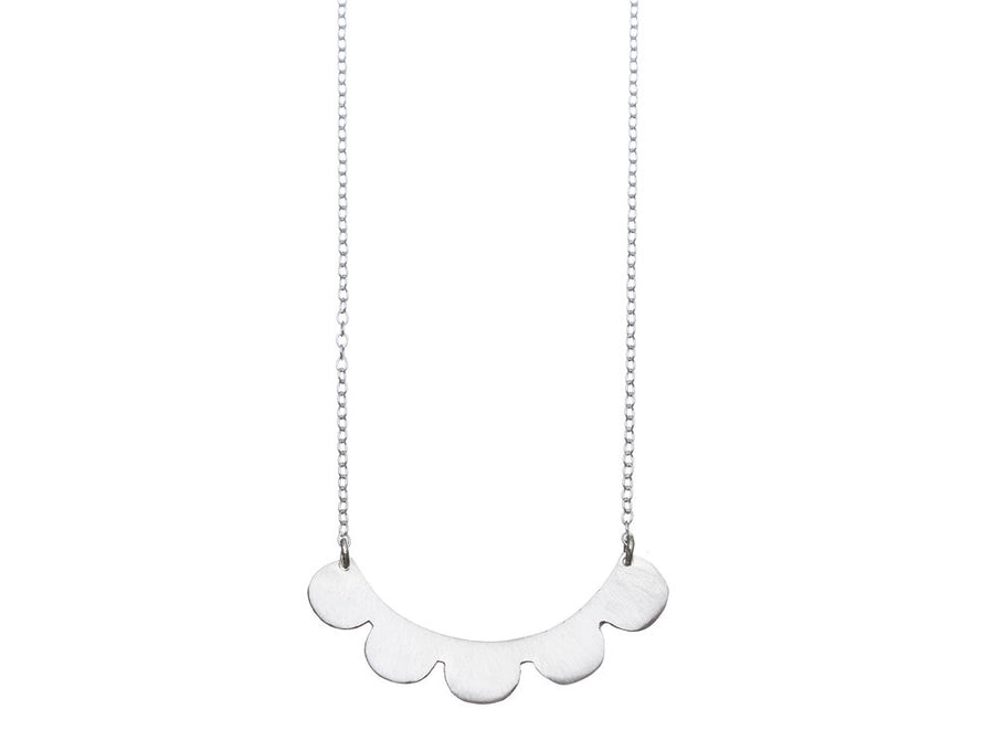 Frill necklace // 250