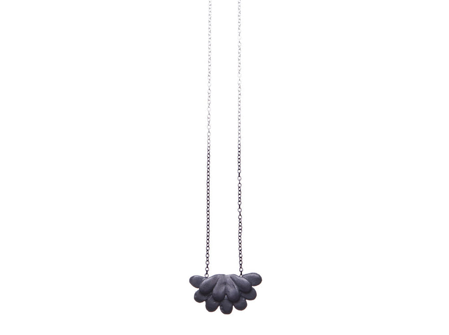 Pebble / teardrop necklace // 346