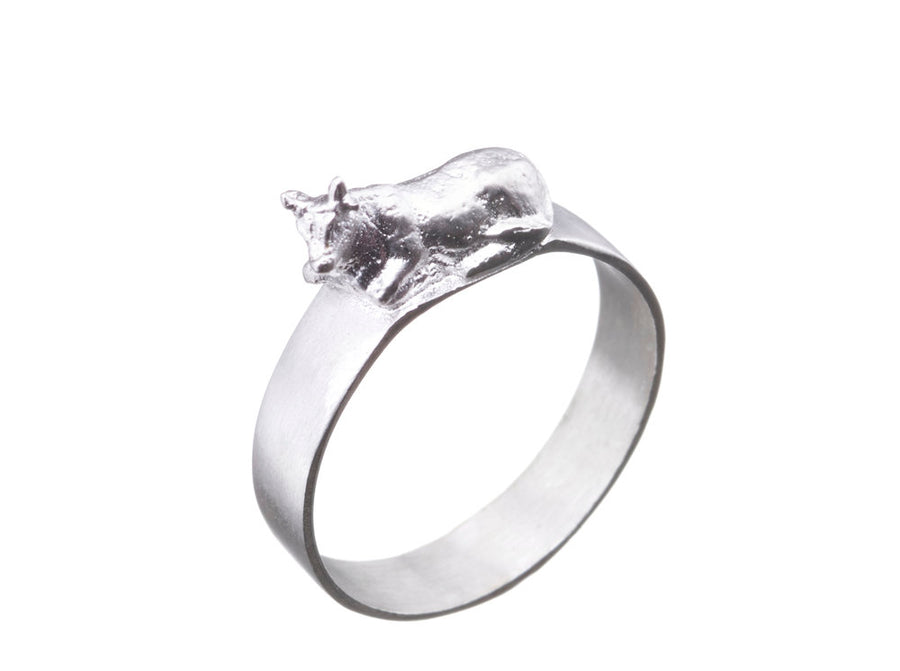 Sitting Cow Ring // 351