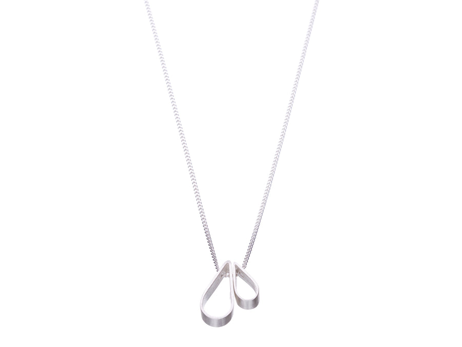 Tear drop necklace // 432
