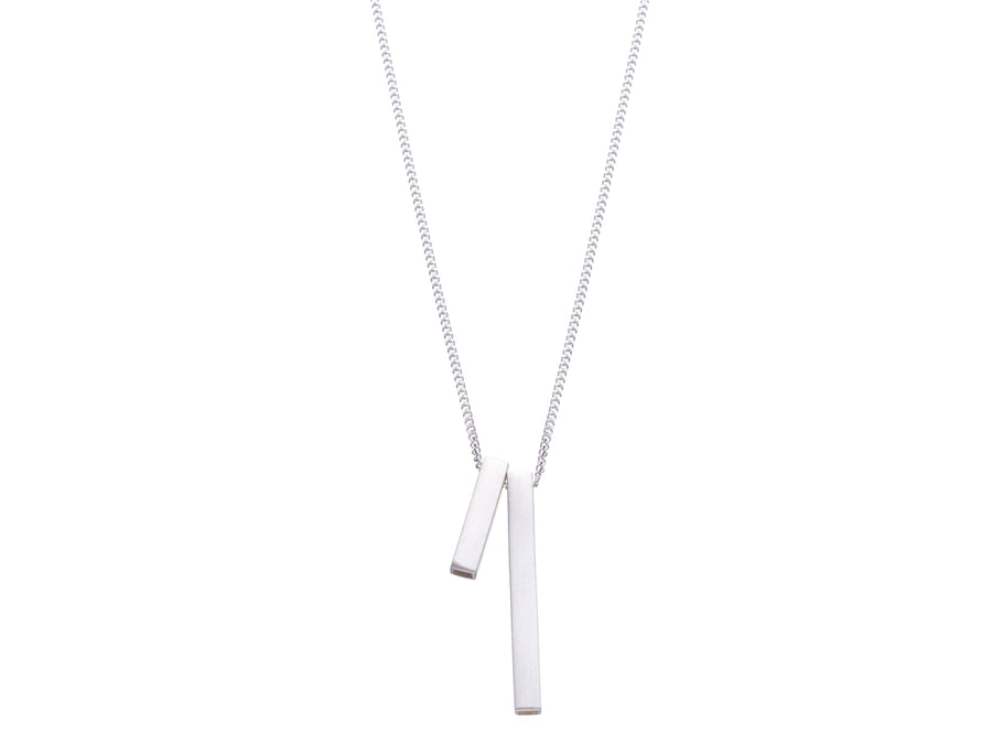 Bar necklace // 486