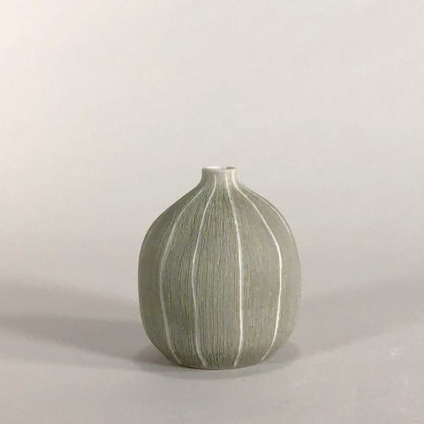 white porcelain gray grey glaze handmade handcrafted vase geometric display stripe stripes scma smith college museum of art