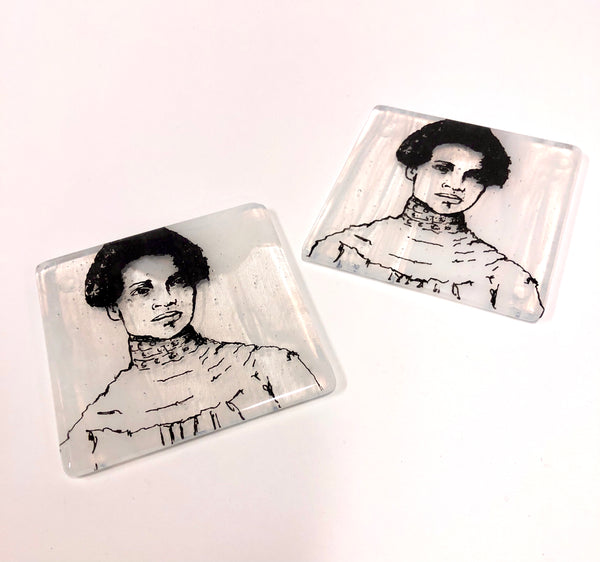 Laurie Freivogel glass coaster transparent grey white otelia cromwell handmade scma Smith College Museum of Art