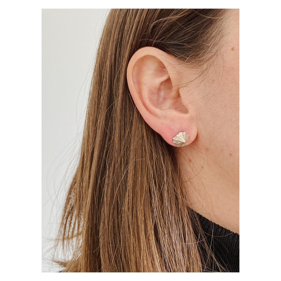 Top Shell Studs, Silver