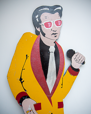 Decorative Vintage (Elvis) Wooden Signage