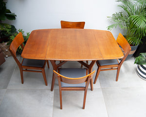 Mid Century Oak Dining Table & Chairs (x 4)