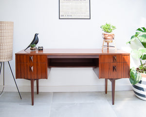 Mid Century Desk / Dressing Table (EoN)