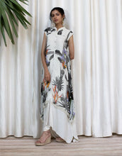 Load image into Gallery viewer, Asymetric Cut Floral Printed Dress