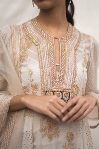 Georgette Kurta Set in Ivory & Gold