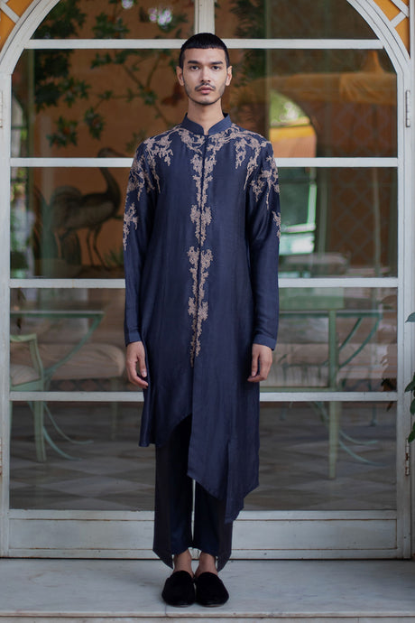 Asymmetric Kurta with Thread Work on Front Placket