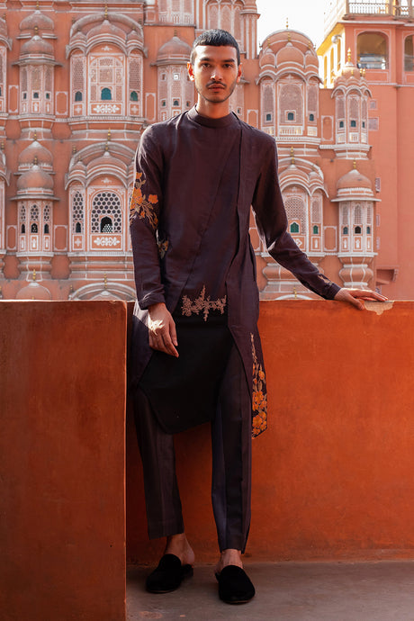 Dual Toned Thread Work Kurta Churidaar