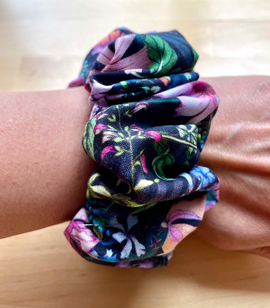 Botanical Sweet Dreams Scrunchie (Large)