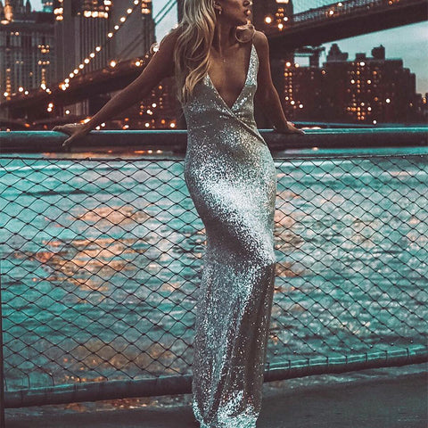Sexy Glamorous Shimmering Powder Halter Evening  Dress